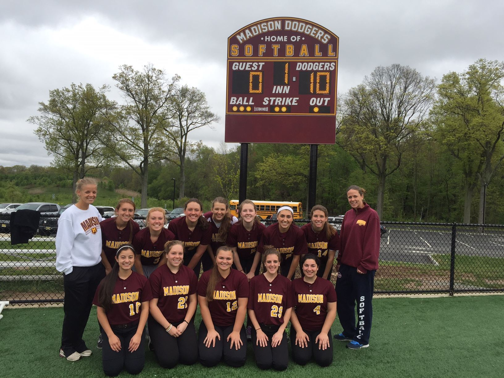 Madison_Softball_Team